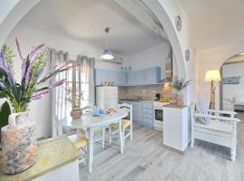 Yianna Sunny Studios, hotell nära Skopelos hamn, Skopelos stad