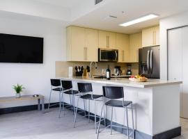 Incredible Towhnhouse 15 minutes From the Beach - NTH8, villa in Miami