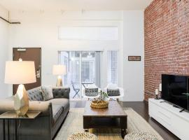 Abode Los Angeles - Downtown Historic Core, serviced apartment in Los Angeles