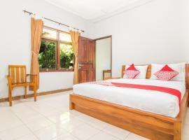 OYO 2404 Arca Guest House, hotel near Bali Museum, Denpasar