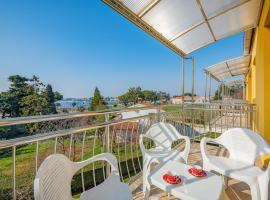 VALESSIA house with apartment, pet-friendly hotel in Umag