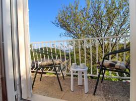 Apartments Felix, hotel near Odysseus Cave, Babino Polje