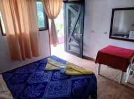posada lolas lino, hotel en Zipolite