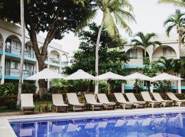 Hotel & Suites Villasol, hotel in Puerto Escondido