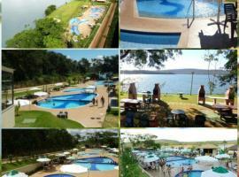 405 - AP. ALDEIA DO LAGO COM COZINHA - CALDAS NOVAS, hotel in Caldas Novas