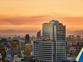 AC Hotel by Marriott Santiago Costanera Center, hotel in Santiago