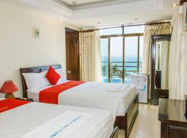 SPOT ON 1098 Peace Blue Hotel, hotel in Nha Trang