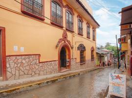 Capital O Casa Real, hotel in Huauchinango