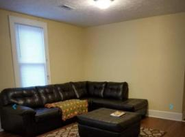 Spacious East Knoxville Duplex, apartment in Knoxville