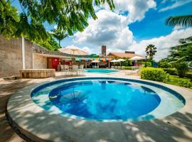 Hotel Três Palmeiras, hotel em Gravatá