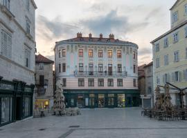 Central Square Heritage Hotel, hotel near Split City Museum, Split
