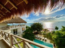 Casa Coco by Coco B Isla, hotel near National park El Garrafón, Isla Mujeres