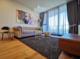 NEW 2 rooms 2 baths Apartment in Glen Waverley, hotel in Glen Waverley