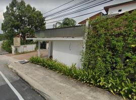 OYO 90046 Bangi Guest House (teras Jernang Branch), hotel di Bangi