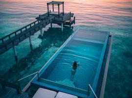Angsana Velavaru - 101 Activities, boutique hotel in Dhaalu Atoll