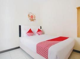 OYO 3350 Cozy Residence, hotel in Malang