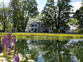 Enfield Manor Bed&Breakfast and Vacation Rental, hotel near Connecticut Hill State Game Management Area, Newfield