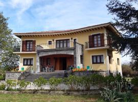 Hotel Hontoria, hotel near Torimbia Beach, Hontoria
