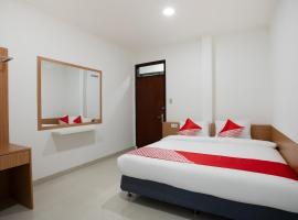 OYO 3209 Hegarbudhi Residence, hotel near Bandung Trade Center, Bandung