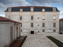 Résidence de la Corderie Royale - Meublés de Tourisme, accessible hotel in Rochefort