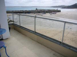 Crows Nest, hotel in St Ives