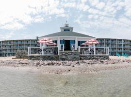 Breakers Resort - Lakeside, hôtel à Saint-Ignace