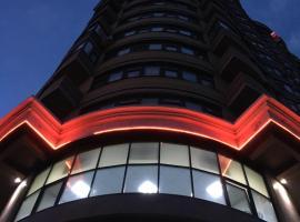 Апартаменты М90, apartment in Tyumen