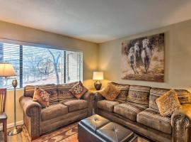 Sedona Sunrise Condo with Community Pool and Gym!, vacation rental in Sedona