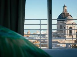 Rentline Apartamentos - Skyline, hotel near Municipal Palace, Montevideo