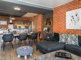 CAG The Vantage Rosebank, apartment in Johannesburg