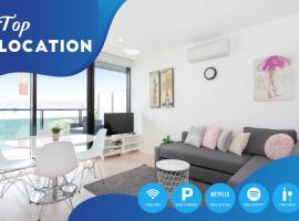Dzīvoklis South Yarra City View Apartment with Car Park, Amazon Alexa, Spotify, Netflix, and WiFi Melburnā