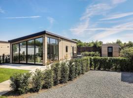 Lodge 6 pers, geen TV, 3 slaapkamers, hotel in Nunspeet