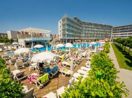 Aqua Nevis Hotel & Aqua Park - All Inclusive, хотел близо до Den Glade Viking Dance Club, Слънчев бряг