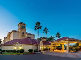 La Quinta by Wyndham Phoenix West Peoria, hotel in Peoria