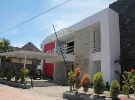 Hotel Kenari Pantai, hotel dekat Pantai Losari, Makassar