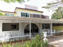 OYO 674 Greenery Home, hotel in Ban Nam Sai