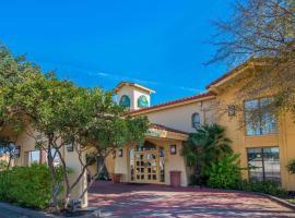 La Quinta Inn by Wyndham San Antonio I-35 N at Rittiman Rd, hotel in San Antonio