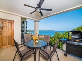 AWESOME Ocean Views, 3 min walk to the Beach!, hotel in Playa Flamingo