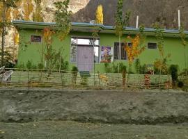 Manokur E Bassa, hotel in Hunza