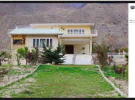 Drosh Resort, hotel in Chitral