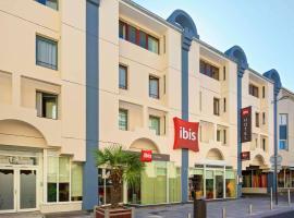 Ibis Pau Centre, hôtel à Pau