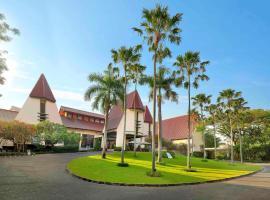 Novotel Surabaya Hotel, hotel in Surabaya