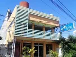 OYO 623 Regina Carmeli Pension, hotel in Bacolod