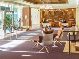 Pullman Reef Hotel Casino, hotel near Cairns Marlin Marina, Cairns