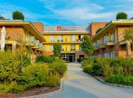 Royal Club Hotel, hotel Visegrádon