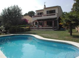 Villa with 4 bedrooms and private pool., hotel in Torroella de Montgrí