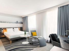 Novotel Paris Centre Gare Montparnasse, hotel near Edgar Quinet Metro Station, Paris