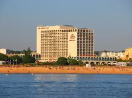 Crowne Plaza Vilamoura - Algarve, an IHG Hotel, hotel em Vilamoura