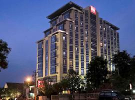 Hotel Ibis Semarang Simpang Lima, hotel in Semarang