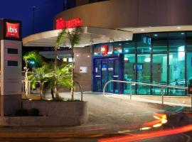 Ibis Passo Fundo Centro, family hotel in Passo Fundo